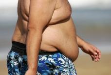 Marcher 1000 pas de plus par jour diminue la production de graisse hépatique